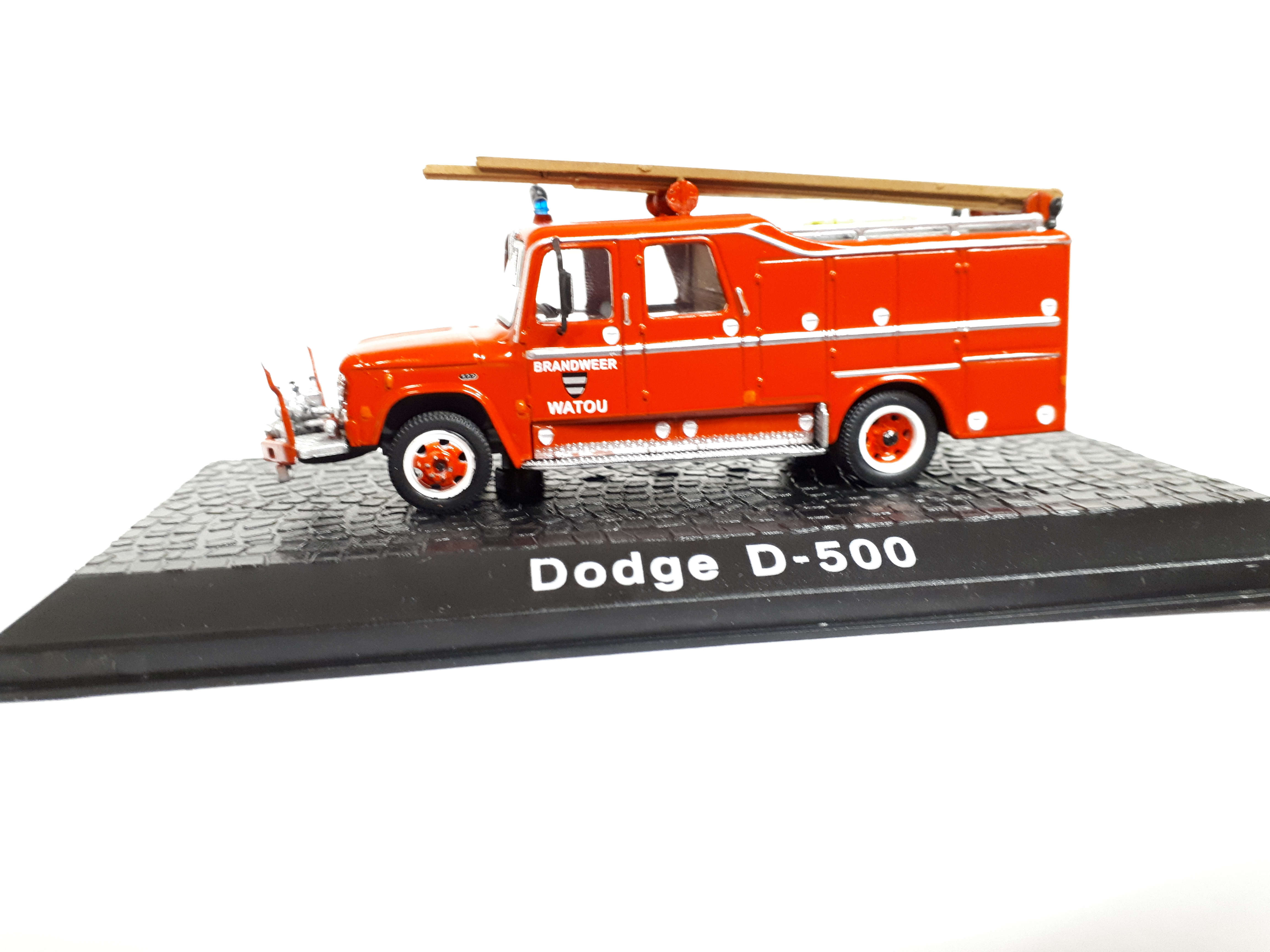 Kovové auto model Dodge D-500